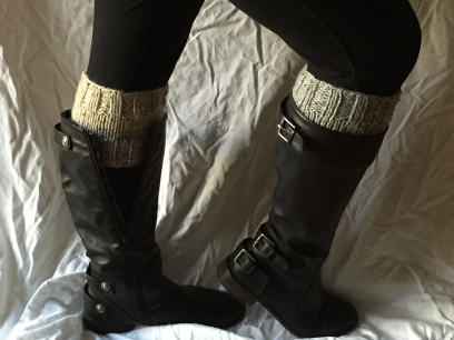 2 color reversible boot cuff pattern